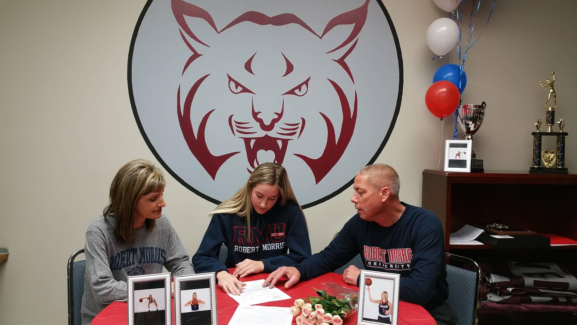 Bella Possett signs with Robert Morris University