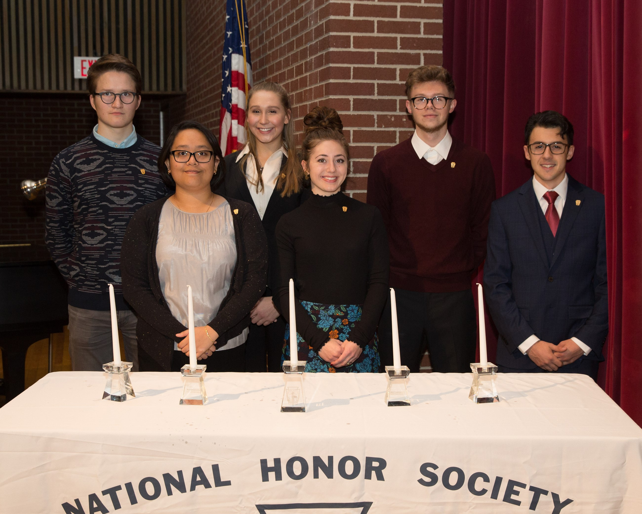 6 National Honor Society Officers at NHS Induction Ceremony
