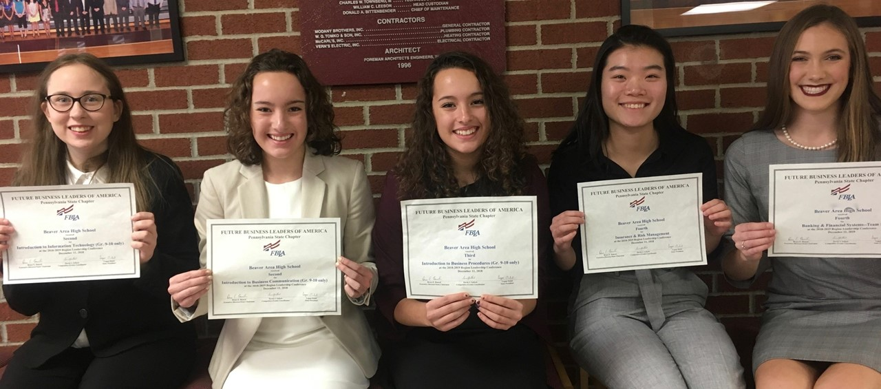 5 female students who attended FBLA Regional Leadership Conference